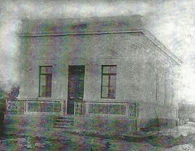 """Primeiro prédio que abrigou a Corporazione Musicale """"Giuseppe Verdi"""" e posteriormente a Sociedade"""
